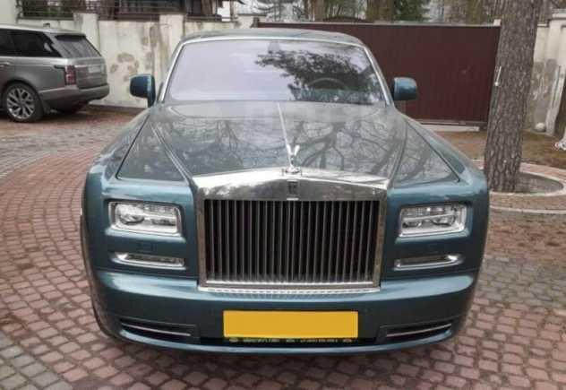 Rolls-Royce Phantom, 2016 год, 19 800 000 руб.