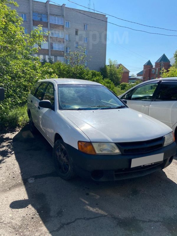 Nissan AD, 2000 год, 143 000 руб.