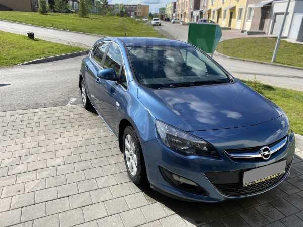 Opel Astra, 2014 год, 599 000 руб.