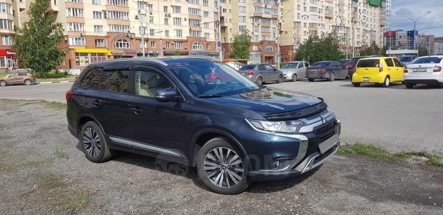 Mitsubishi Outlander, 2019 год, 1 700 000 руб.