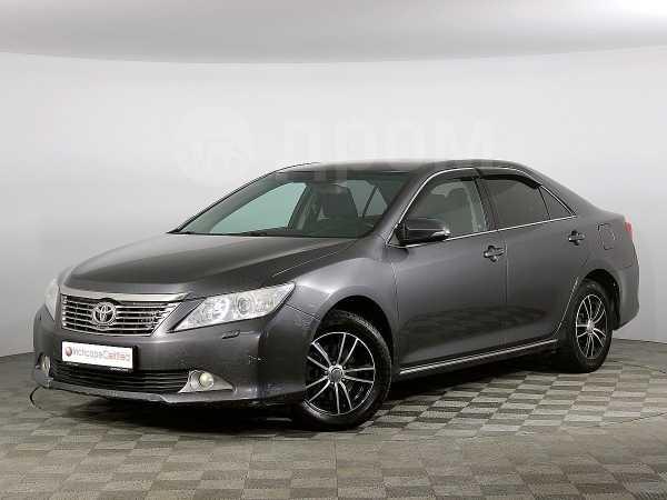 Toyota Camry, 2012 год, 745 000 руб.