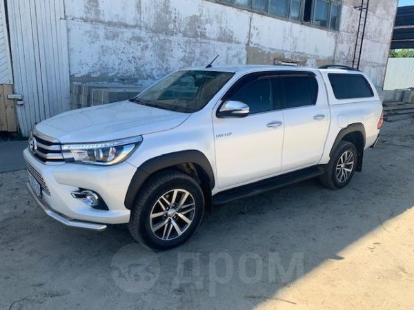 Toyota Hilux Pick Up, 2016 год, 2 250 000 руб.