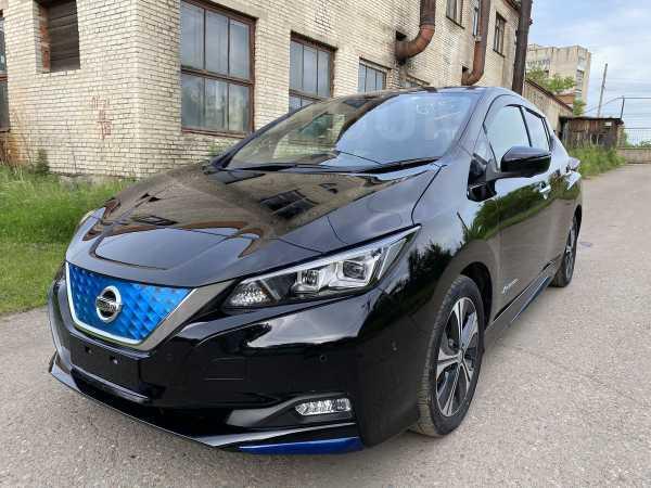 Nissan Leaf, 2017 год, 1 350 000 руб.