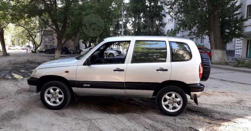 Chevrolet Niva, 2004 год, 179 000 руб.
