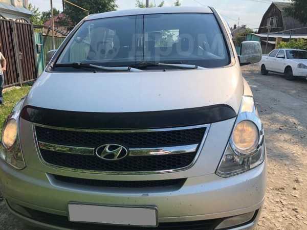 Hyundai Grand Starex, 2009 год, 795 000 руб.