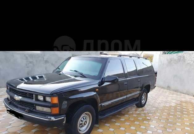 Chevrolet Suburban, 2002 год, 345 000 руб.