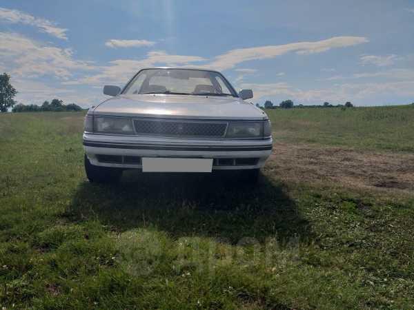 Toyota Carina, 1988 год, 15 000 руб.