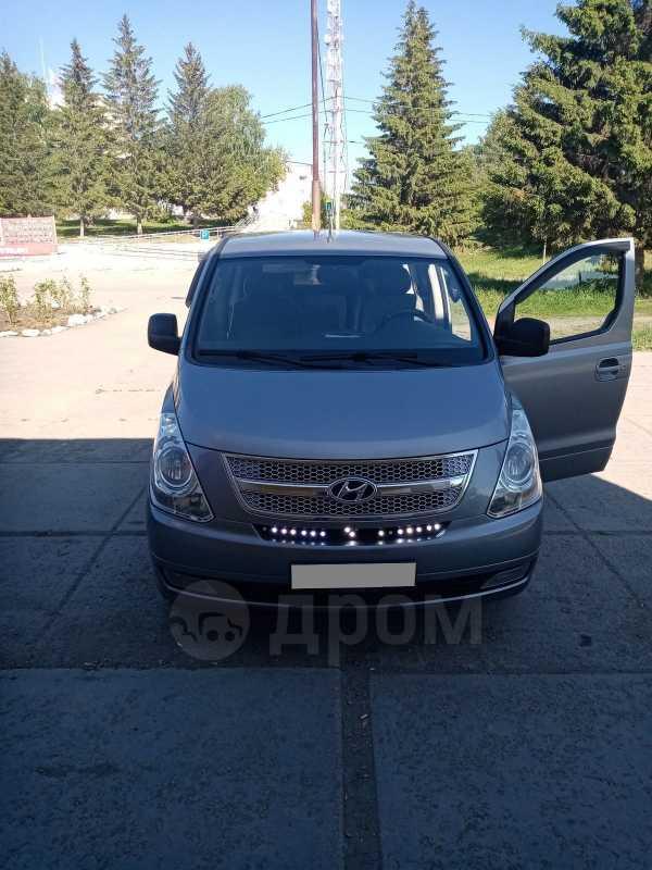 Hyundai Grand Starex, 2011 год, 1 050 000 руб.