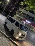 Toyota Hiace, 2015 год, 1 950 000 руб.