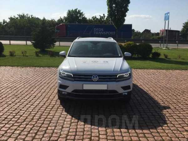 Volkswagen Tiguan, 2020 год, 2 390 000 руб.