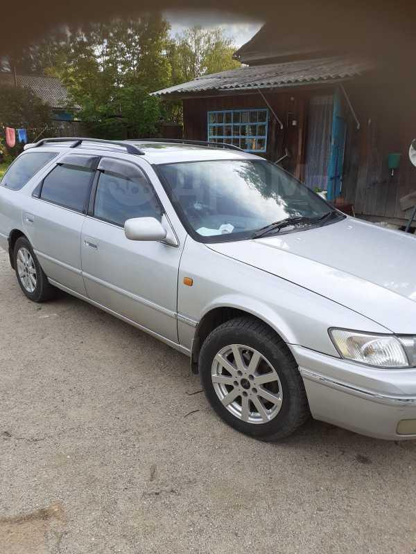 Toyota Camry, 1998 год, 235 000 руб.