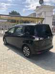 Toyota Sienta, 2016 год, 960 000 руб.
