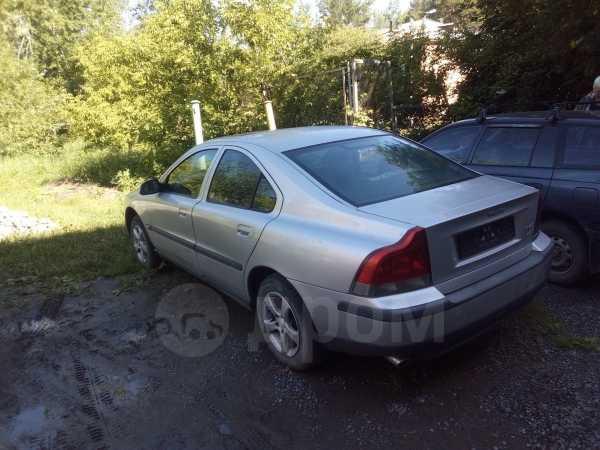 Volvo S60, 2001 год, 90 000 руб.