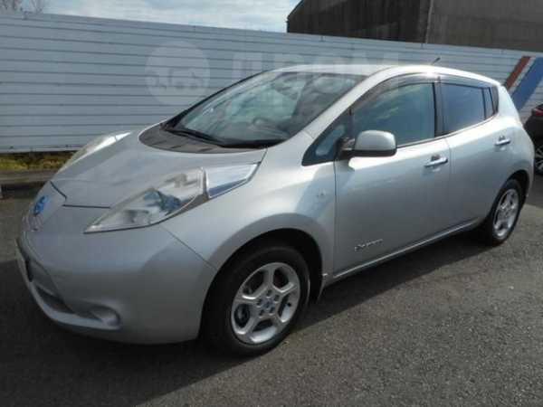 Nissan Leaf, 2011 год, 359 000 руб.