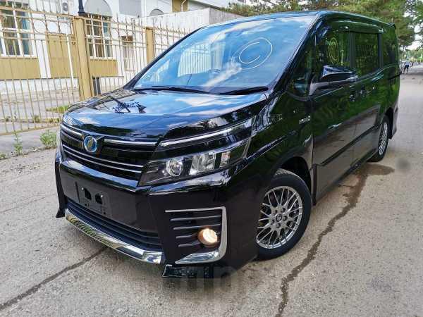 Toyota Voxy, 2016 год, 1 188 000 руб.