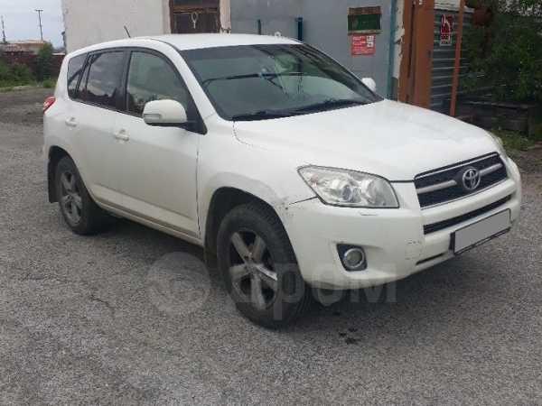 Toyota RAV4, 2010 год, 530 000 руб.