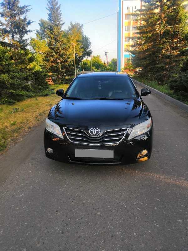 Toyota Camry, 2010 год, 800 000 руб.