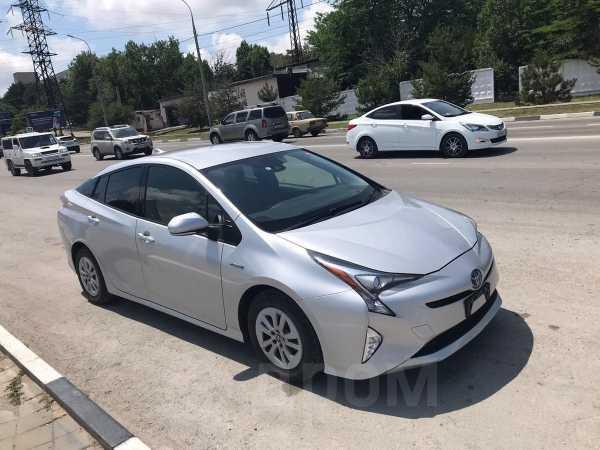 Toyota Prius, 2016 год, 1 095 000 руб.