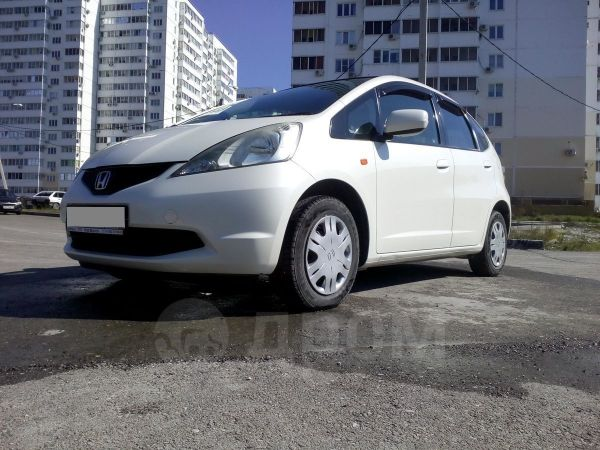 Honda Fit, 2009 год, 385 000 руб.