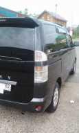 Toyota Voxy, 2002 год, 530 000 руб.