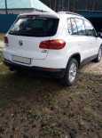 Volkswagen Tiguan, 2012 год, 740 000 руб.