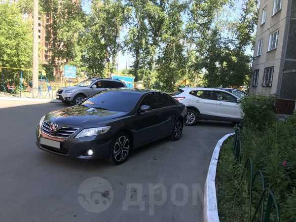 Toyota Camry, 2010 год, 647 000 руб.
