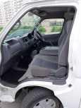 Nissan Caravan, 2002 год, 470 000 руб.
