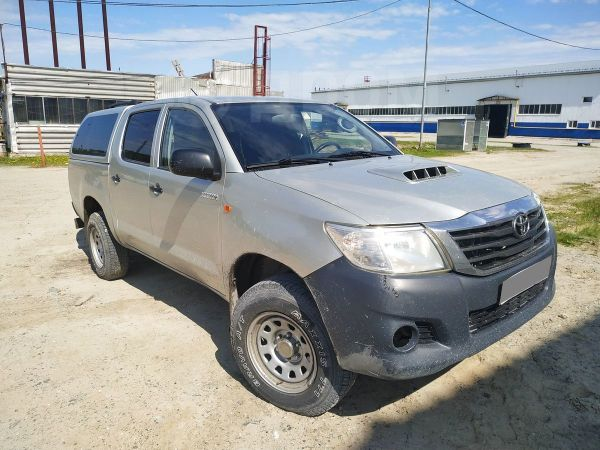 Toyota Hilux Pick Up, 2013 год, 1 200 000 руб.