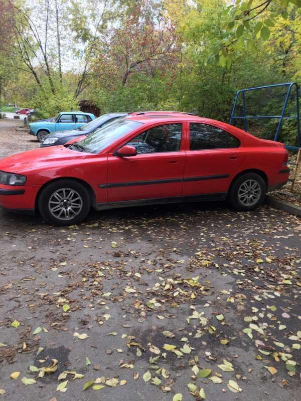 Volvo S60, 2000 год, 130 000 руб.