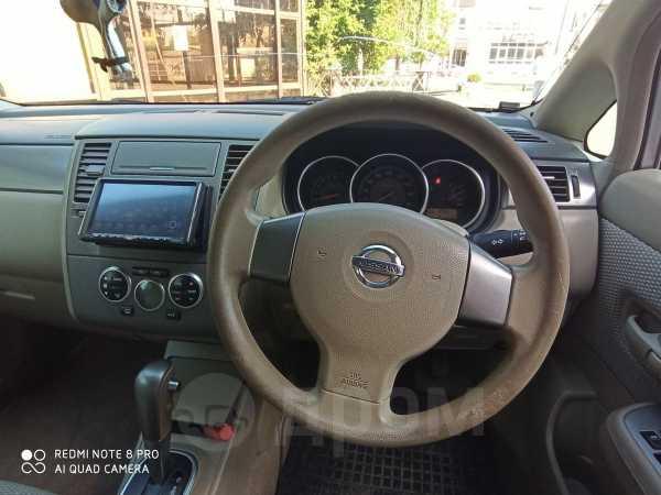 Nissan Tiida, 2004 год, 300 000 руб.
