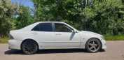Toyota Altezza, 1998 год, 325 000 руб.