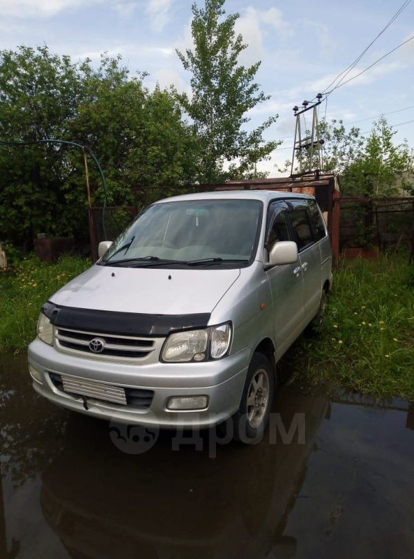 Toyota Town Ace Noah, 2001 год, 209 999 руб.
