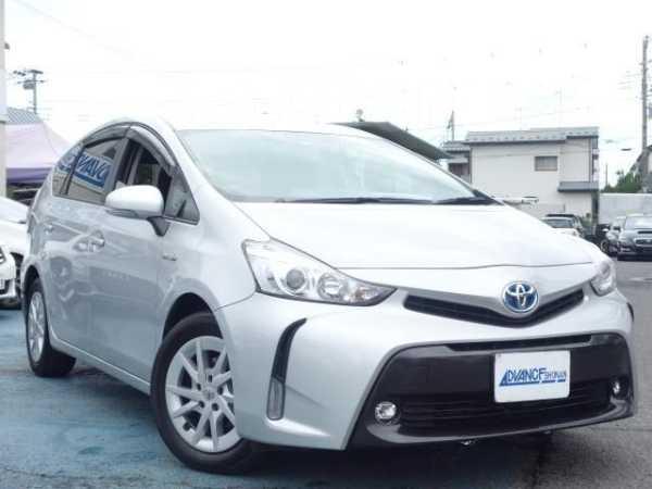 Toyota Prius a, 2015 год, 987 550 руб.