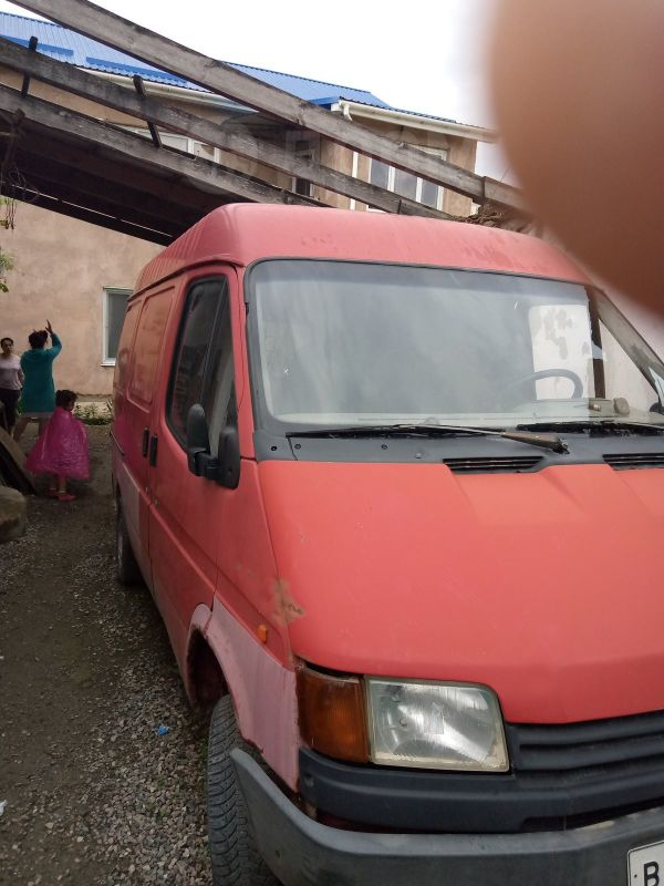 Ford Ford, 1990 год, 199 000 руб.