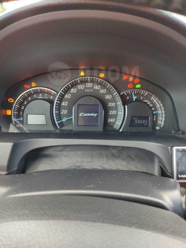 Toyota Camry, 2012 год, 750 000 руб.