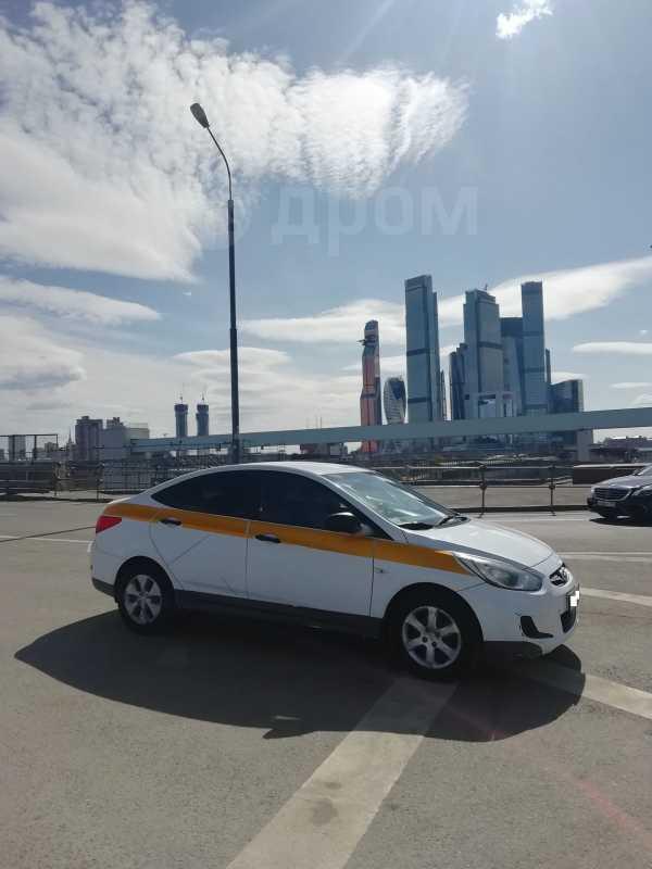 Hyundai Solaris, 2013 год, 290 000 руб.