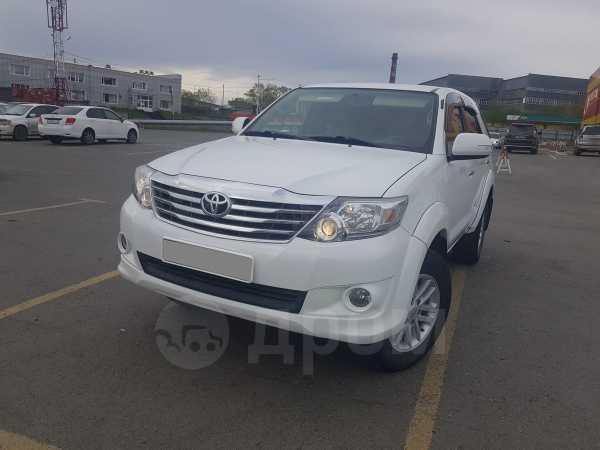 Toyota Fortuner, 2012 год, 1 200 000 руб.