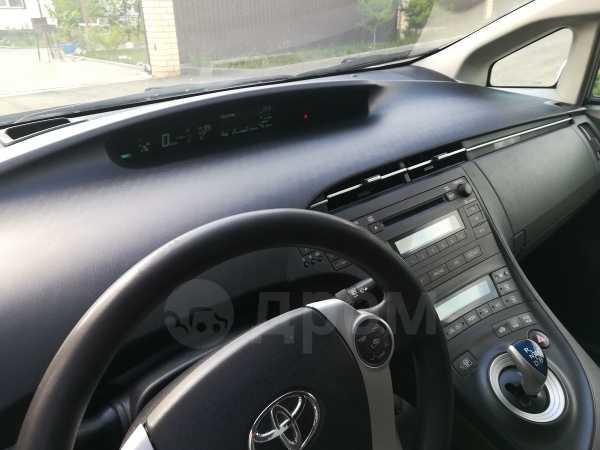 Toyota Prius, 2010 год, 675 000 руб.
