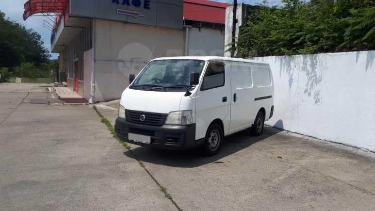 Nissan Caravan, 2002 год, 380 000 руб.