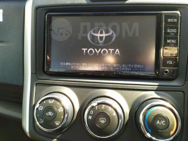 Toyota Corolla Fielder, 2017 год, 850 000 руб.