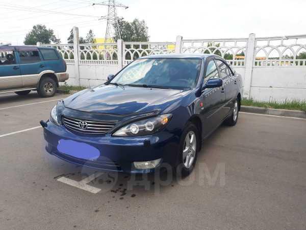 Toyota Camry, 2004 год, 435 000 руб.