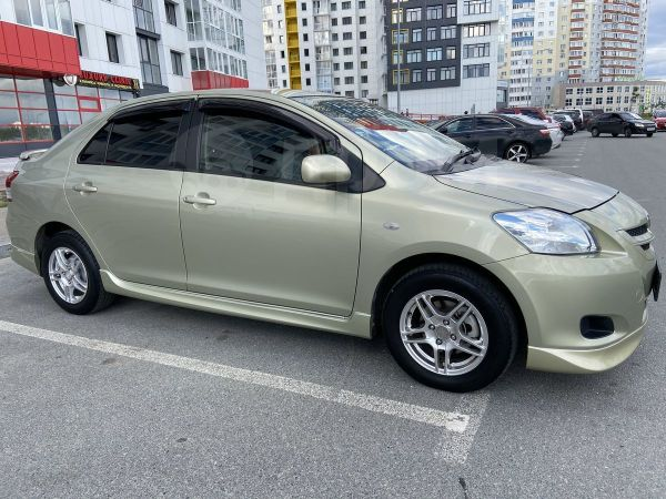 Toyota Belta, 2007 год, 362 000 руб.