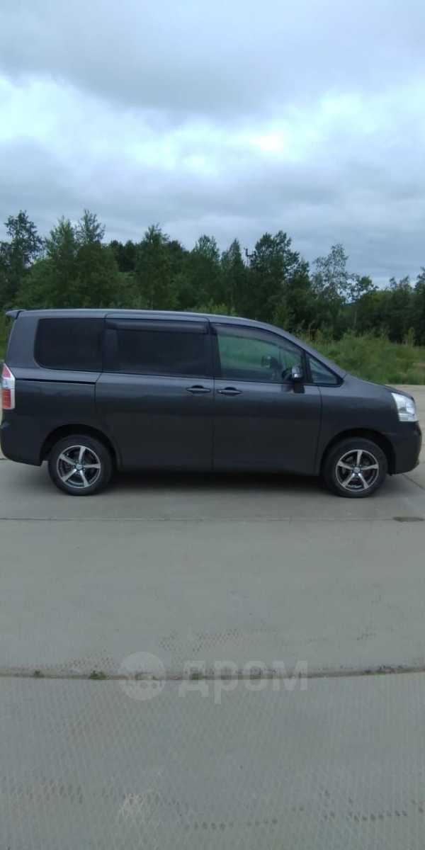Toyota Noah, 2008 год, 750 000 руб.