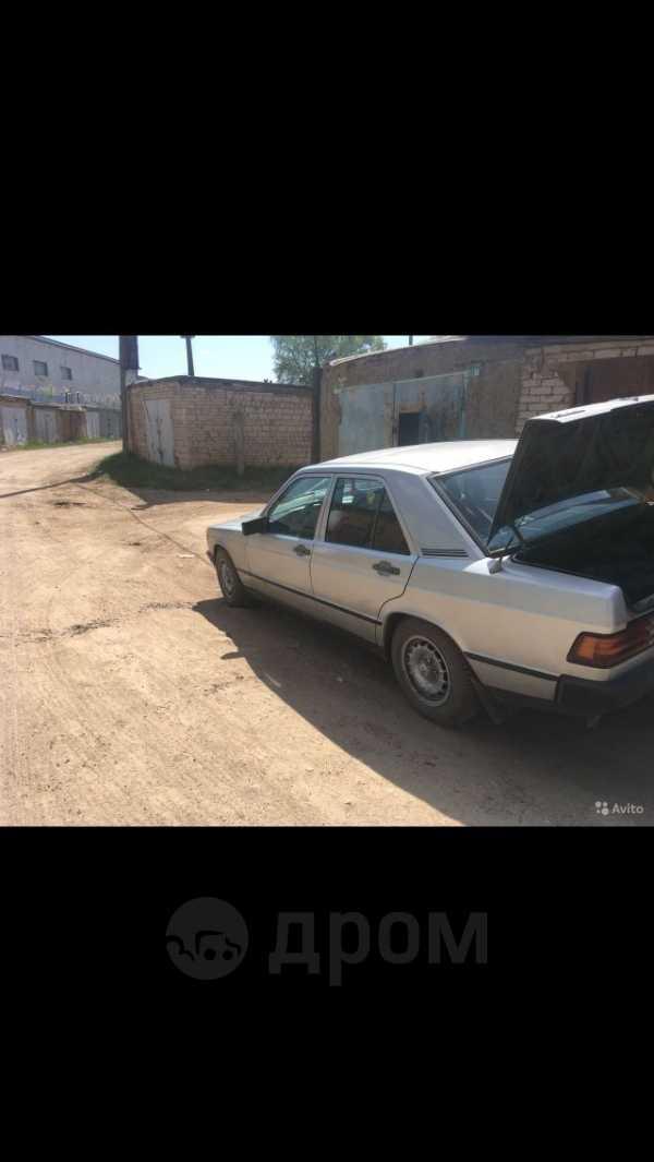 Mercedes-Benz 190, 1984 год, 135 000 руб.