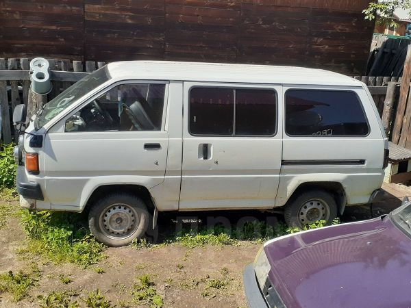 Toyota Lite Ace, 1988 год, 85 000 руб.
