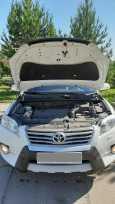 Toyota RAV4, 2011 год, 985 000 руб.