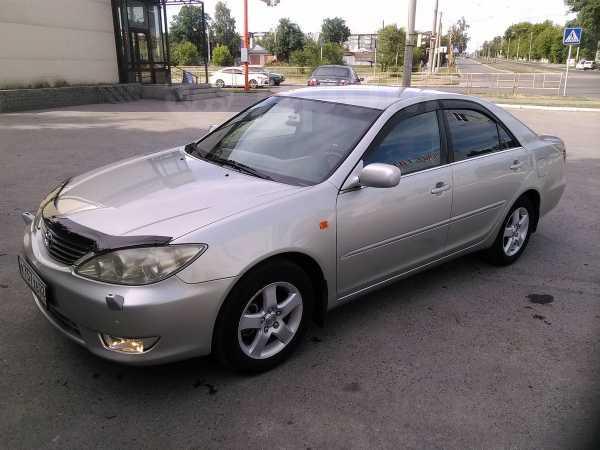 Toyota Camry, 2004 год, 640 000 руб.