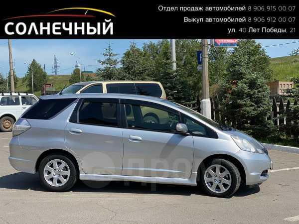 Honda Fit Shuttle, 2012 год, 518 000 руб.