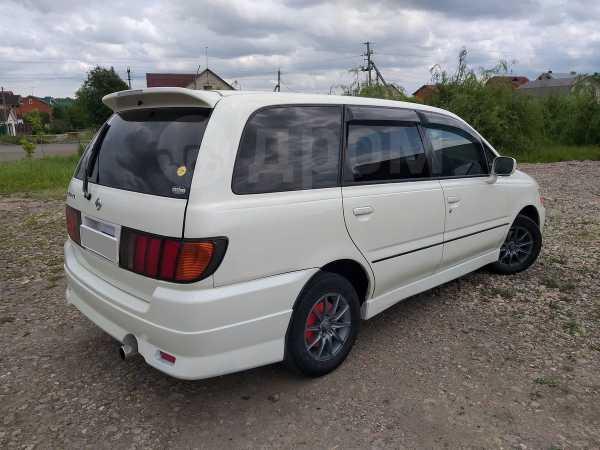 Nissan Bassara, 2000 год, 367 000 руб.