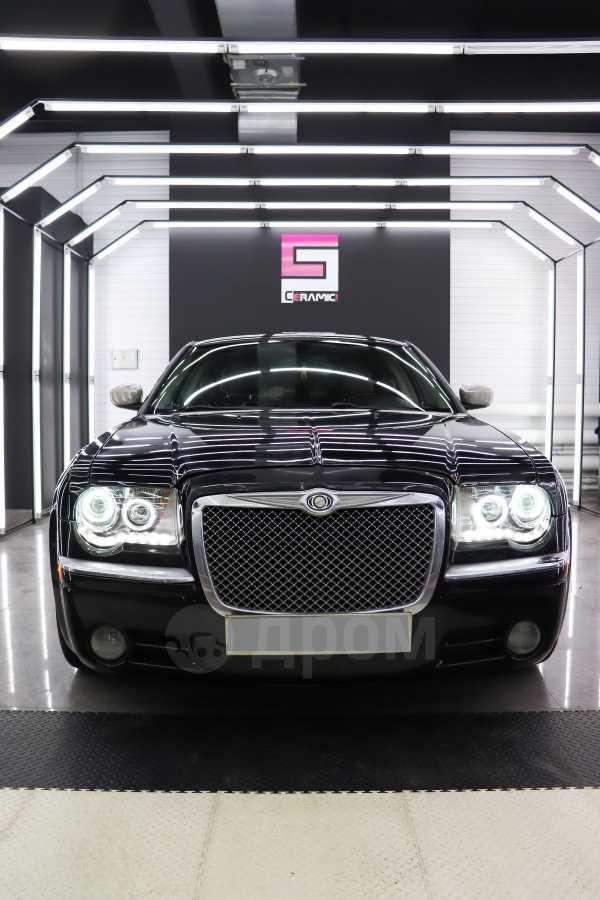 Chrysler 300C, 2006 год, 730 000 руб.